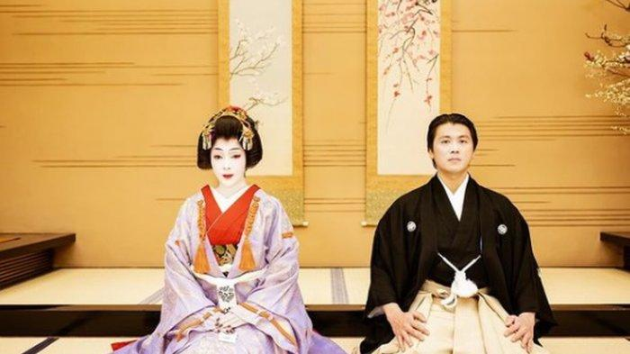 Syahrini Dandan Jadi Geisha, Begini Aksi Incess Terus Menggoda Reino Barack hingga Tertawa