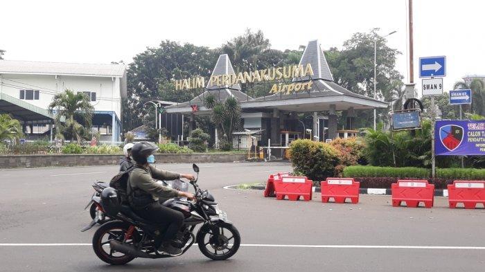 Tampak depan Bandara Halim Perdanakusuma, Sabtu (20/3/2021).