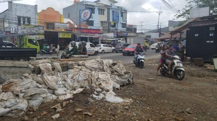 Banjir Ciledug Indah Surut, Tanggul Dirusak Warga Belum Diperbaiki