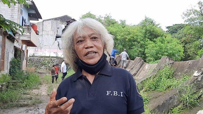 Perkenalkan Sesepuh Perumahan PGP Bekasi, Pria yang Sudah Akrab dengan Banjir Sejak 1993