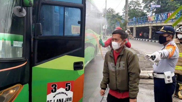 Tiba di Terminal Kampung Rambutan, Seorang Pemudik Reaktif Covid-19: Dirujuk ke Wisma Atlet