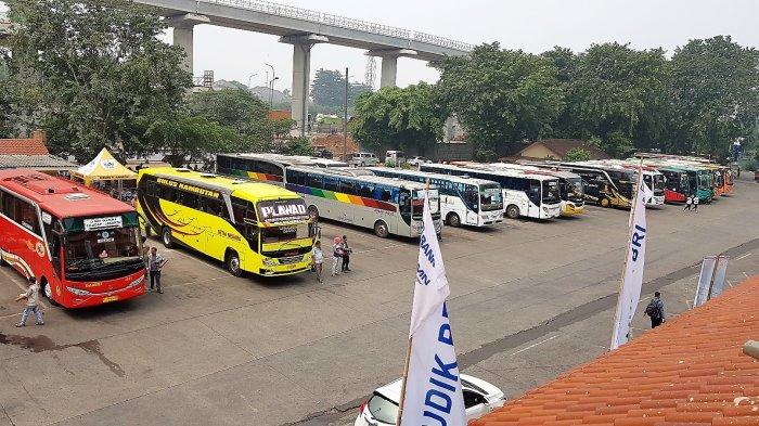 Pemerintah Larang Mudik Lebaran, Sopir Bus di Terminal Kampung Rambutan Pasrah: Zaman Lagi Susah