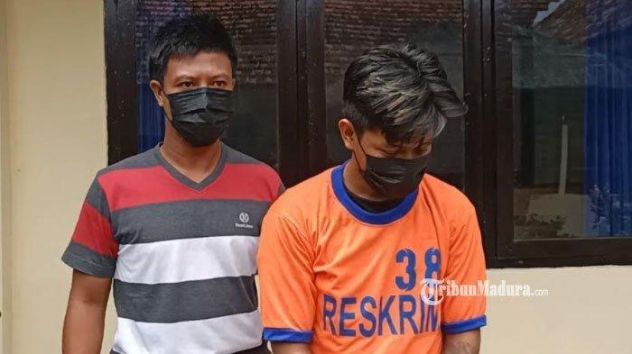Tersangka penganiayaan bernama Felix Rosi di Mapolsek Plosoklaten, Kabupaten Kediri, Senin (29/3/2021).