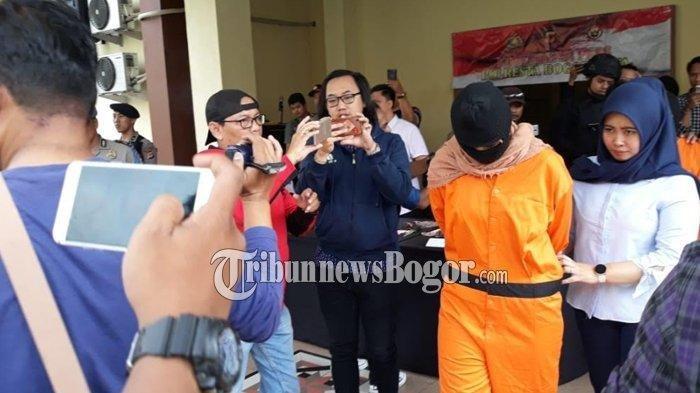 Balita di Bogor Disiksa Ibu Tiri hingga Kepalanya Retak, Ibu Kandung Ngaku Sempat Mimpi Ini
