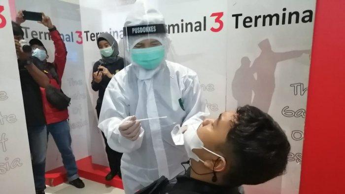 Kasus Covid-19 Meningkat, Pengawasan di Bandara Soetta Diperketat Terhadap Penumpang dari Sumatera