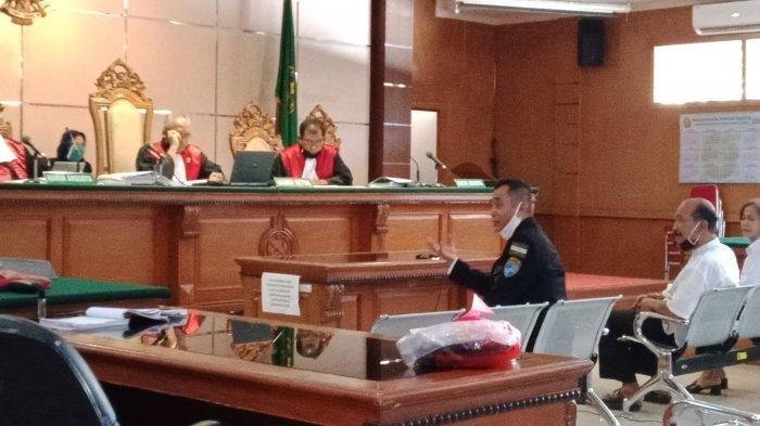 Tawa Jaksa Dengar Jawaban Rangga Sasana, Nasri Banks dan Istri, Gedung Sate Dibawah Sunda Empire
