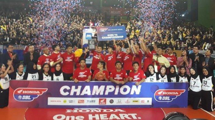 Tim Basket SMAN 28 Jakarta Sukses Kawinkan Gelar Honda DBL DKI Jakarta South Region 2019