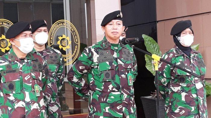 Kepala Pengadilan Militer Utama Mayjen TNI Abdul Rasyid saat memberi keterangan di Pengadilan Militer II-08 Jakarta, Senin (24/5/2021).