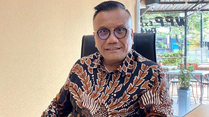 Togar Situmorang, SH MH MAP sebagai advokat kondang Indonesia.