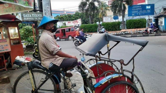 Cerita Martono, Penarik Becak di Pondok Gede: Bertahan Meski Pendapatan Kotor Rp 40 Ribu Sehari
