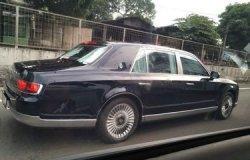 Mobil Mewah Kaisar Jepang Merek Toyota Century Terlihat Berkeliaran di Jakarta