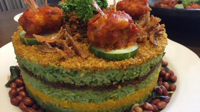 Nikmat dan Bikin Kenyang, Tumpeng Cake Sajian Alternatif Pengganti Kue di Hari Ulang Tahun