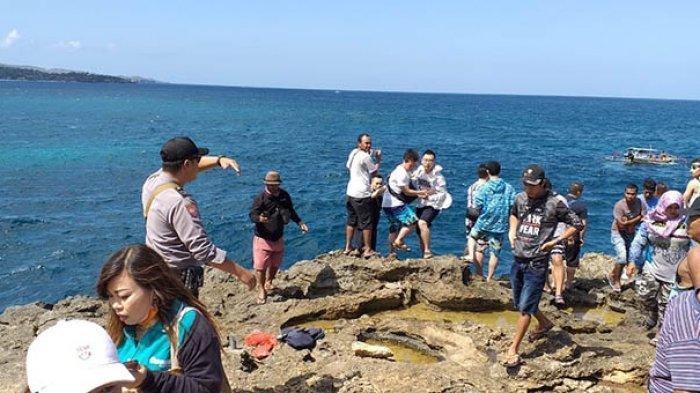 Turis China Terjatuh dari Tebing Devil Tears Bali, Terkena Gelombang Saat Swafoto