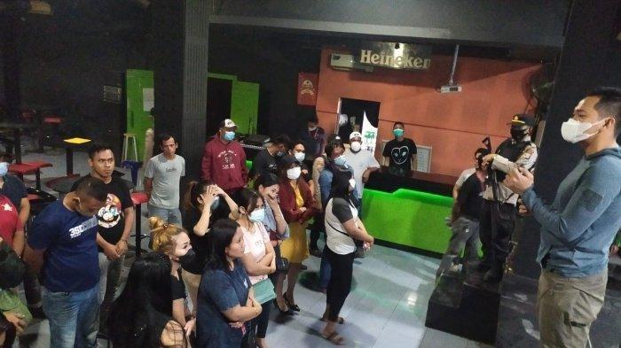 Asik Pesta di Tempat Hiburan Malam, Puluhan Muda-mudi Tak Berkutik Digerebek Satgas PPKM