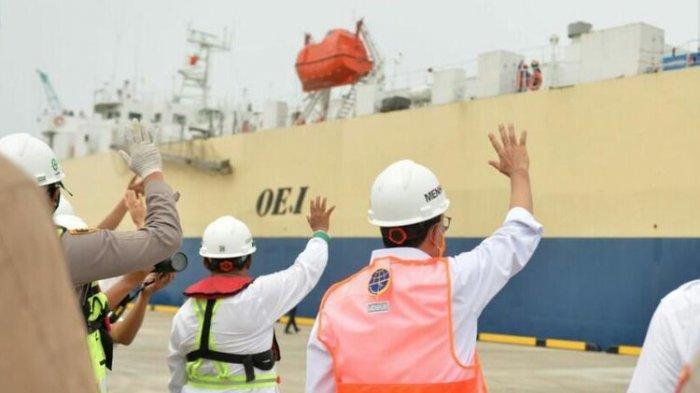 Presiden Jokowi dan Menhub Resmikan Pelabuhan Patimban: Ekspor Perdana 140 unit kendaraan