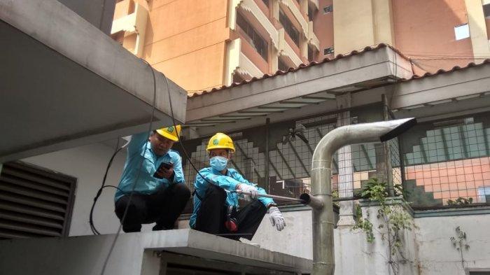 Sudin Lingkungan Hidup Jakarta Selatan Uji Emisi Cerobong Genset Fave Hotel Gatot Subroto