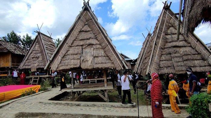 Melihat Uma Lengge, Rumah Adat Bima yangTelah Berusia Lebih dari 500 Tahun