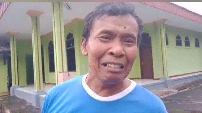 Janji Berikan Bantuan, Melly Goeslaw Peluk Umar Mantan ART Nike Ardila yang Jadi Pemulung