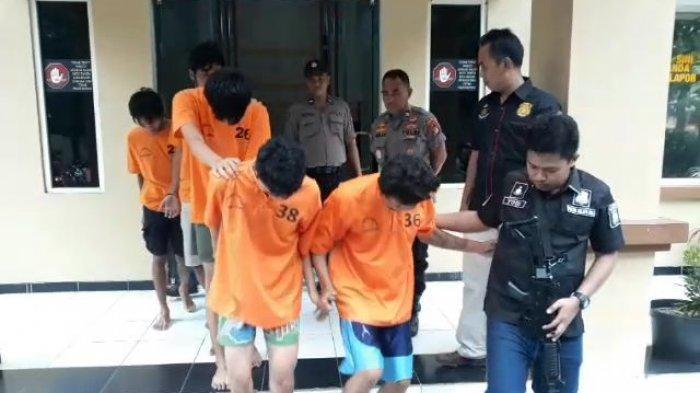 Polisi Tembak Roby, Anggota Sindikat Rampok Minimarket Se-Tangerang Raya yang Paling Rajin