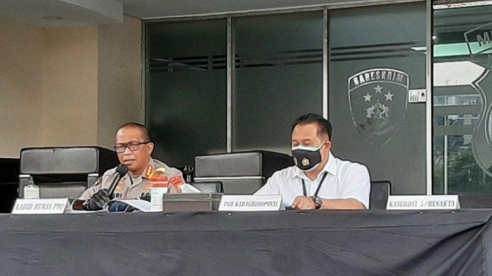 Konferensi pers pengungkapan kasus pelanggaran PPKM darurat di Polda Metro Jaya, Jakarta Selatan, Rabu (7/7/2021).