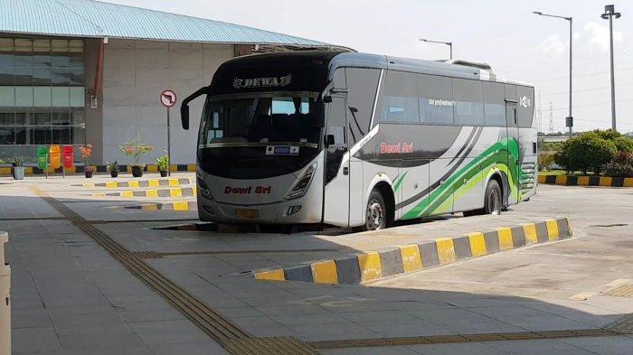 SIKM Tak Lagi Jadi Syarat Keberangkatan Penumpang Bus AKAP di Terminal Pulo Gebang Jakarta Timur