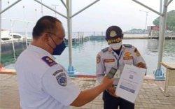 Penumpang Kapal di Pulau Pramuka Kini Wajib Scan QR Code PeduliLindungi