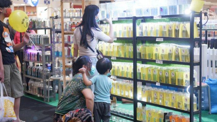 Pameran Ikan Cupang di Dalam Mall, Pengunjung Bisa Nikmati Promo Halfmoon Beli 1 Gratis 1