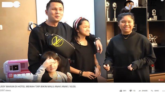Dandan Begini saat Makan di Hotel hingga Putrinya Kesal, Ussy Sulistiawaty: Malu Jalan Sama Mama?