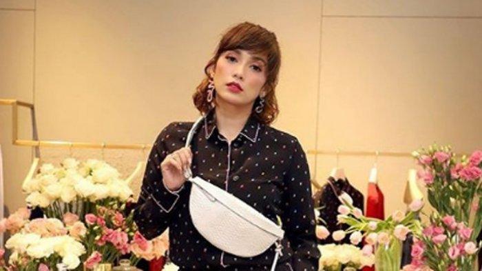 Ussy Sulistiawaty Marah Besar karena ART Pecahkan Parfum Rp 6 Juta dan Minta Pertanggungjawaban