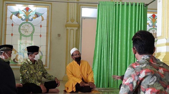 Analogi Ketua Masjid Al-Amanah Bekasi Sikapi Corona: Covid-19 Itu Makhluk, Usir dengan Doa