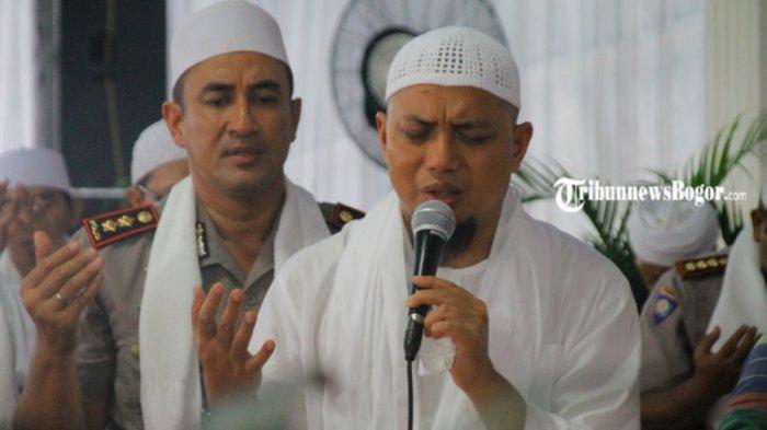 Ustaz Arifin Ilham Dimakamkan di Ponpes Az Zikra, Santri: Ini Perilaku Akhlak Mulia Beliau