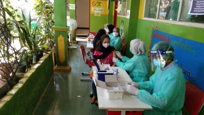 Jadwal Vaksin Dosis Kedua di Kota Bekasi Molor, Rahmat Effendi Ungkap Penyebabnya