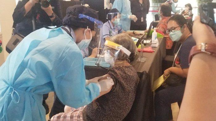 2.000 Lansia Kabupaten Tangerang Bakal Divaksinasi Covid-19 Sampai Pekan Depan