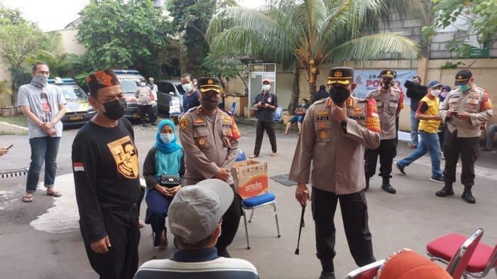 Kapolres Metro Jakarta Selatan Pantau Vaksinasi Gratis yang Digelar Polsek Jagakarsa