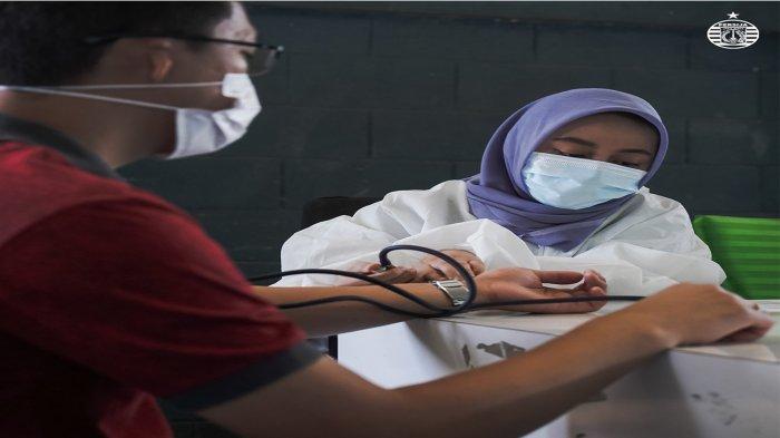 Harapan Pandemi Segera Berlalu dan Kompetisi Berjalan Normal, Persija Jakarta Gelar Vaksinasi Covid