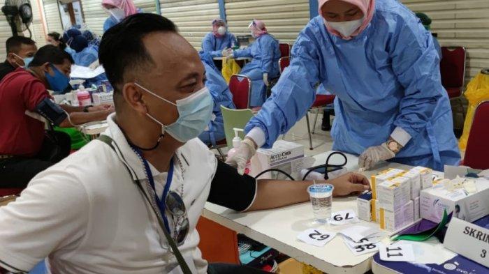 Vaksinasi Pegawai Pusat Perbelanjaan Kota Depok, Warga Diharapkan Tidak Lagi Takut Datang ke Mal