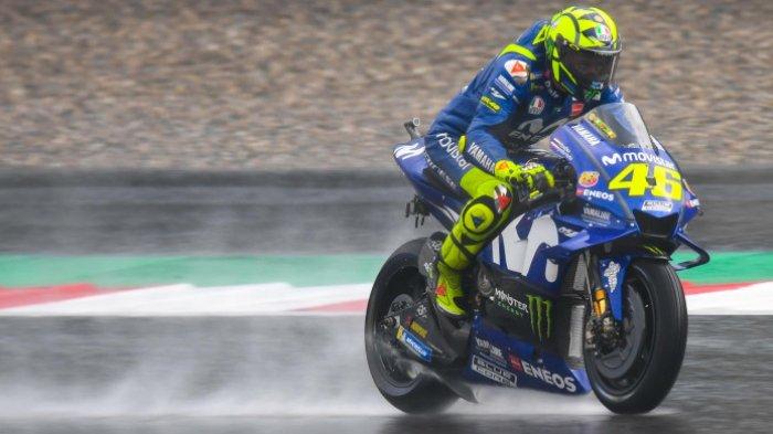 Valentino Rossi saat menjalani sesi latihan bebas MotoGP Austria di Red Bull Ring, Minggu (10/8/2018).