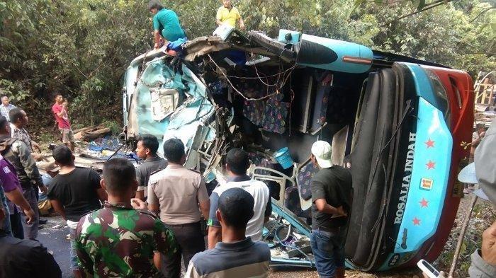 Terungkap Fakta Kecelakaan Maut Bus Rosalia Indah di Lampung, Sopir Melompat saat Bus Mau Terguling