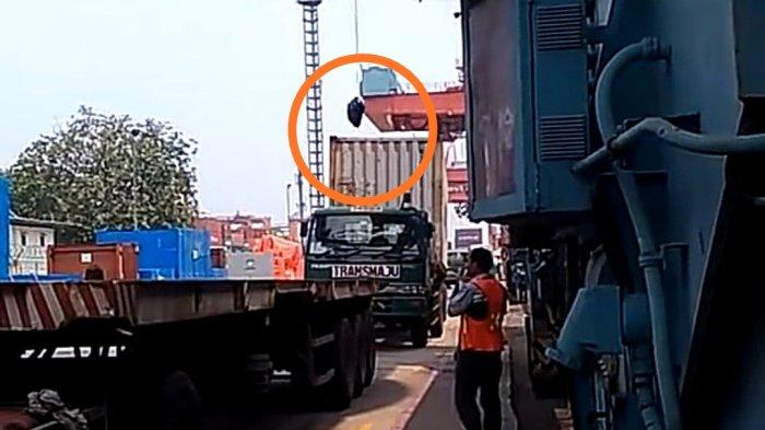 Viral Modus Pungli Pakai Crane dan Plastik Kresek di Pelabuhan Tanjung Priok, Polisi: Itu Video Lama