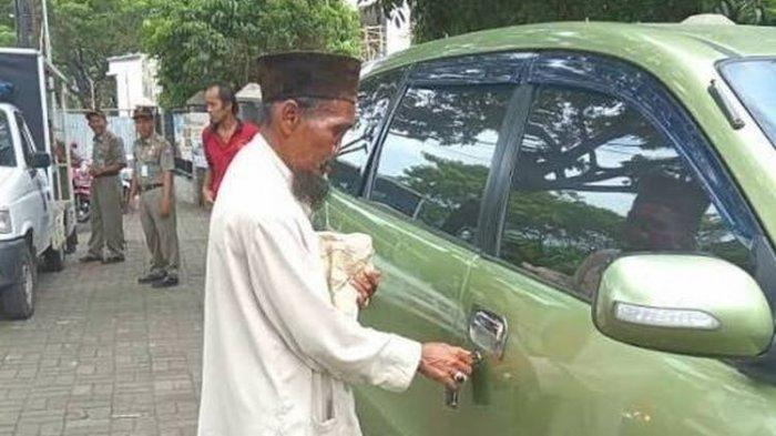 Pengakuan Pengemis Bermobil di Bogor yang Viral di Media Sosial: Saya Cuma Nyewa