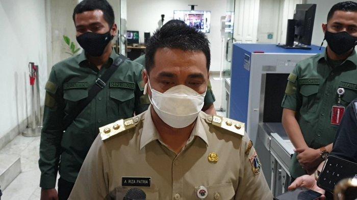 Wakil Gubernur DKI Jakarta Ahmad Riza Patria saat ditemui di Balai Kota, Senin (26/4/2021).