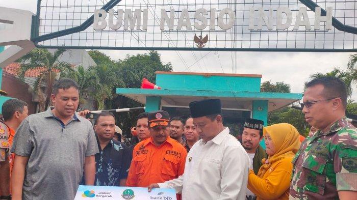 Pemprov Jabar Berikan Bantuan Senilai Rp750 Juta Untuk Korban Banjir di Bekasi