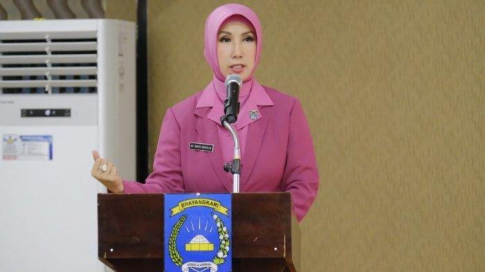 Ketua Bhayangkari Daerah Gorontalo Ny. Winta Wahyu Widada pada tahun 2020