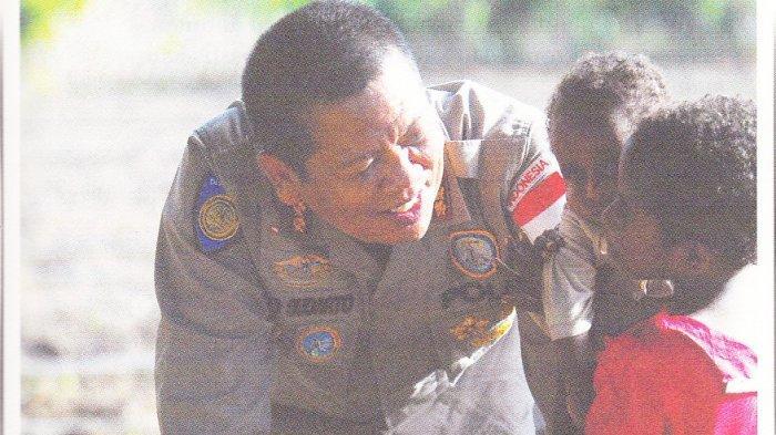 Jejak Cinta di Papua, Potret Suka Duka Perjalanan Polri Melalui Binmas Noken Satgas Nemangkawi
