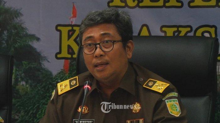 Wakil Jaksa Agung Arminsyah Kecelakaan Usai Membantu Istrinya Memasak untuk Ulang Tahun Pernikahan