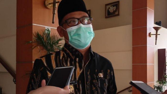 Wakil Wali Kota Depok, Imam Budi Hartono, saat dijumpai wartawan di Gedung DPRD Kota Depok, Cilodong, Jumat (4/6/2021).