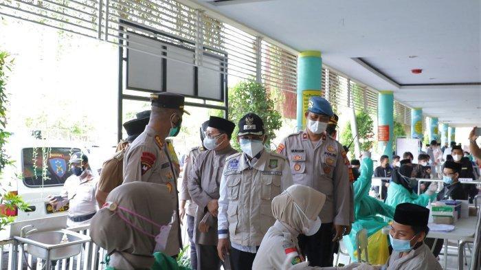Ratusan Santri di Kota Tangerang Mulai Divaksinasi Covid-19
