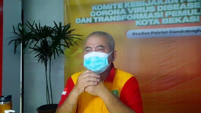 Wali Kota Bekasi Rahmat Effendi di Stadion Patriot Candrabhaga Bekasi, Rabu (7/7/2021).