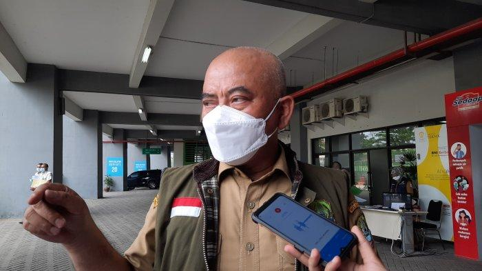 Wali Kota Bekasi Rahmat Effendi di Stadion Patriot Candrabhaga Kota Bekasi, Senin (24/5/2021).