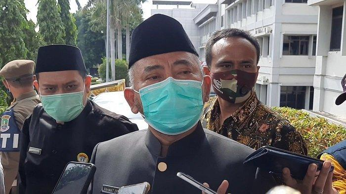 Wali Kota Bekasi Rahmat Effendi di Gedung DPRD Kota Bekasi Jalan Chairil Anwar Kalimalang, Bekasi Timur, Rabu (10/3/2021).